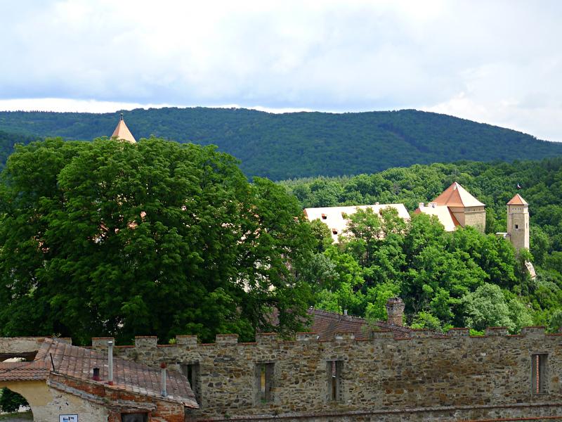 hrad je poměrně rozsáhlý