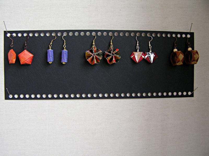 Marcela Buřilová: origami šperky