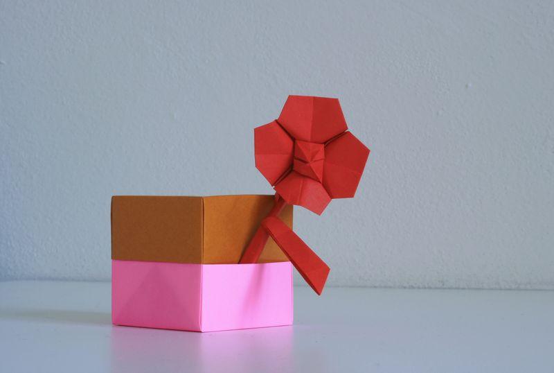 Takahamová: Květinka