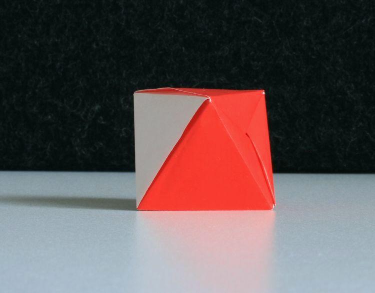 Osmistěn ze šestiúhelníku