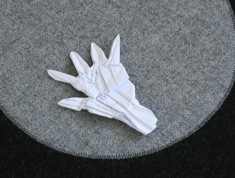 Stuchlý: Ruka, interpretace Radim Cibulka