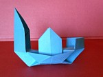tradiční origami: džunka, interpretace: Mária Piatničková