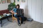 Vojta Drnek hraje na bajan