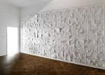 Jerzy Goliszewski Kai, 2009, 600x300x15 cm, vynil, karton, pěna