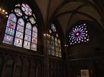 Barevné gotické vitráže dómu