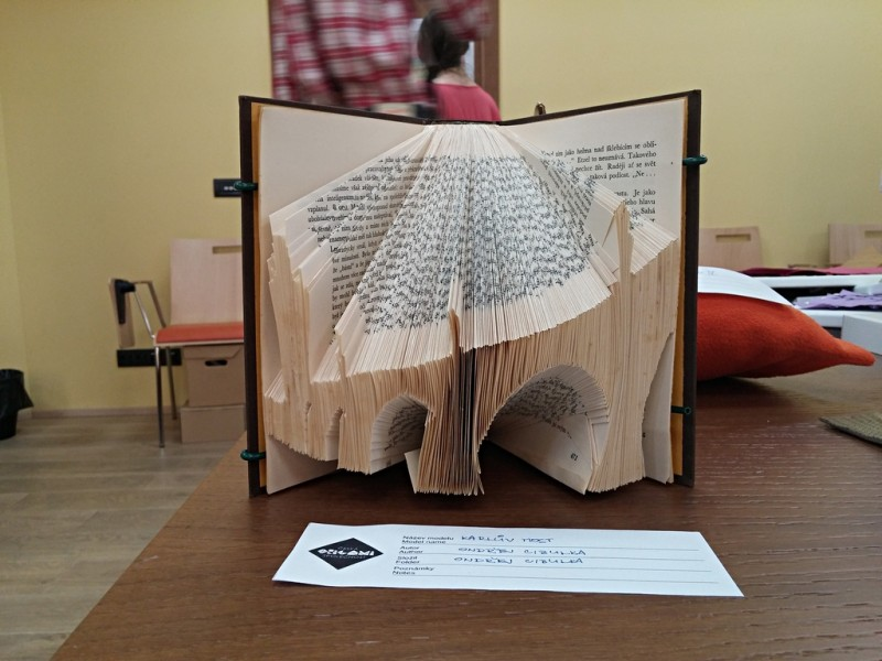 bookart-karluv_most